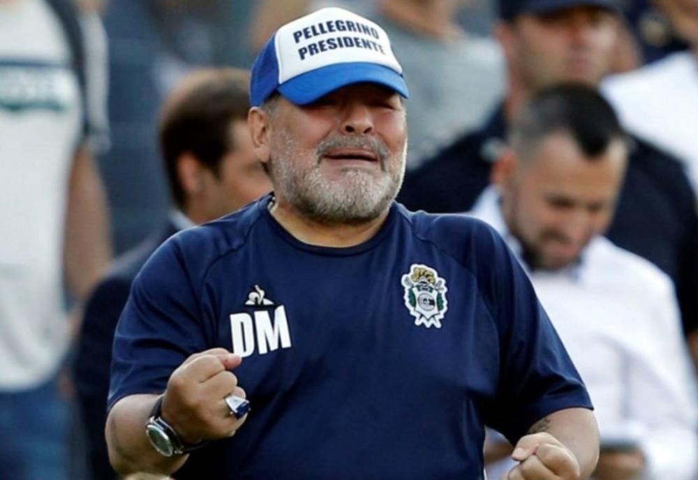Legenda Diego Armando Maradona A MURIT!